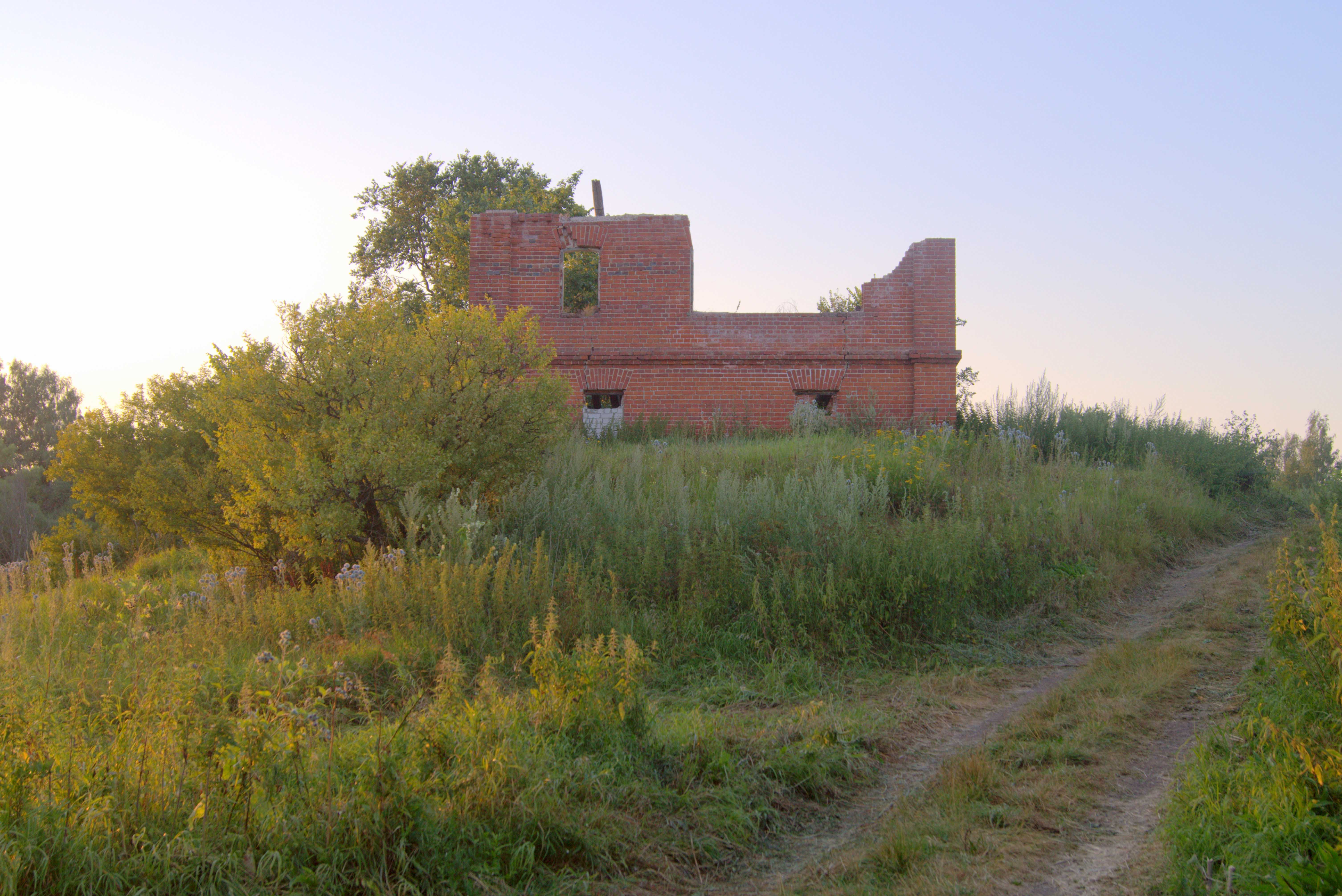 Дом Кожиных у Крахмального завода - следы былой красоты